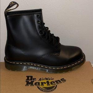 Dr. Martens - Classic 1460 Combat Boot in Black